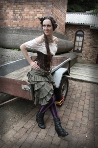 steffmetal-steampunk-wedding-celebrant4